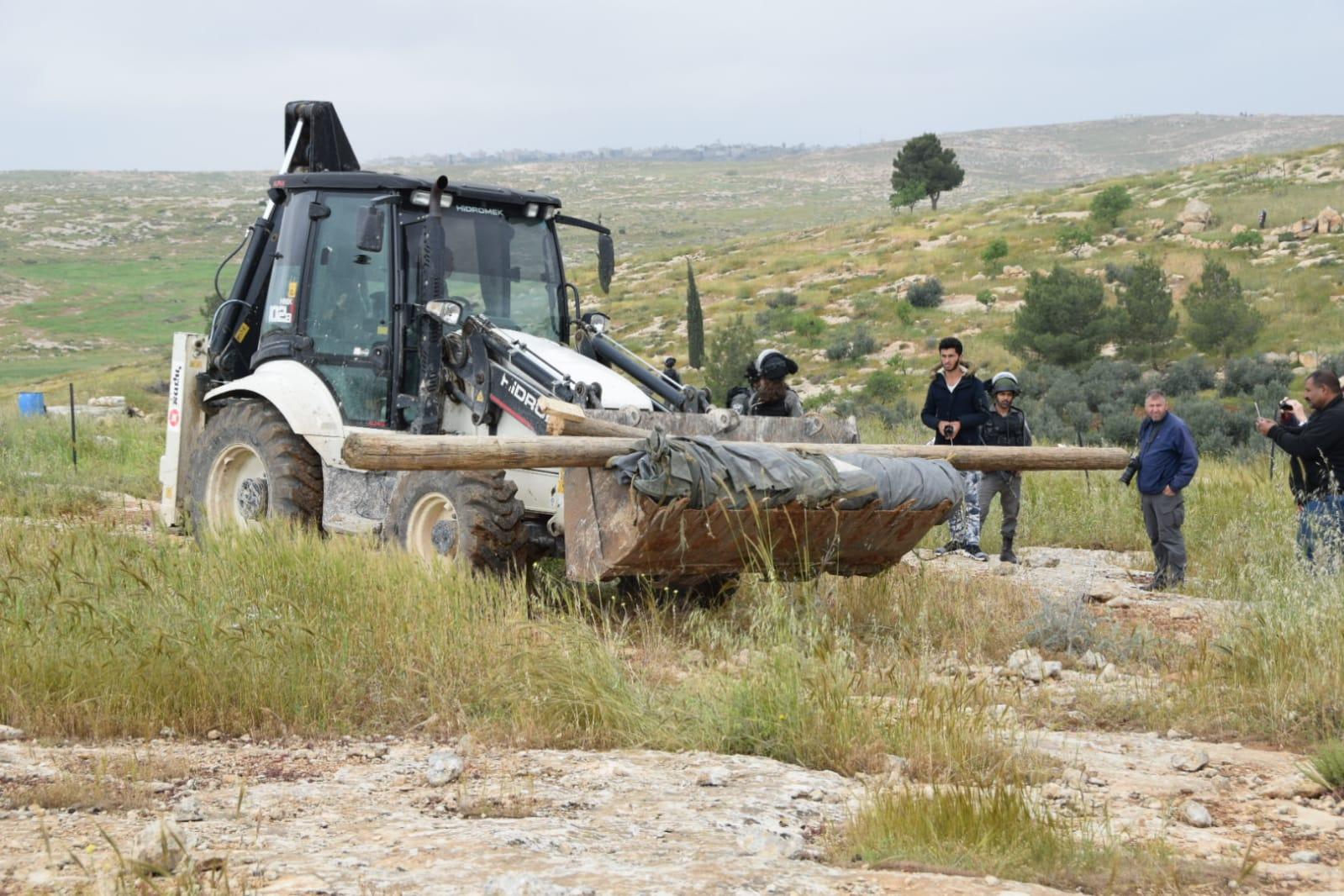Facing Expulsion   B'Tselem