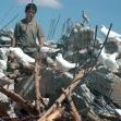 <p>[6530] 13.9.0 בסאם אל-בכרי עומד על הריסות ביתו במחנה הפליטים ג'באליא, רצועת עזה. למשפחתו היה בבית שובך יונים.</p><p>תצלום: מאזן אל-מג'דלאוי, בצלם</p>