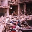 """<p>[34] 3.3. הריסות ביתה של נוהא אל-מקאדמה שנמחצה למוות כאשר צה""""ל פוצץ את ביתה במחנה הפליטים אל-בורייג' שברצועת עזה, ב-3.3.2003. נוהא אל-מקאדמה הייתה בת 33 במותה, היו לה עשרה ילדים והיא הייתה בחודש התשיעי להריונה.</p><p>תצלום: מאזן אל-מג'דלאוי, בצלם</p>"""