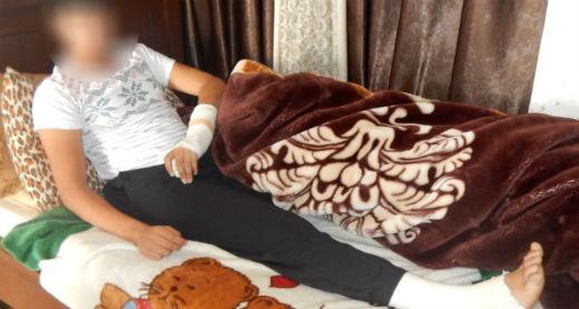 א.ז. בביתו לאחר ששוחרר מבית החולים. צילום: איאד חדאד, בצלם, 28.11.16.