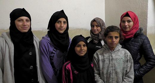 From left to right: Siraj (28), Amal (17), Samar (10), Shirin (17), Kifah (11), Khadijeh (13). Photo by Manal al-Ja'bri, B'Tselem, 21 Jan. 2017