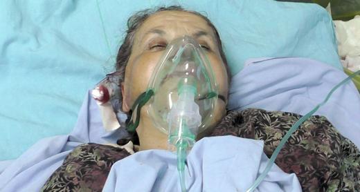 Badi'a 'Odeh in hospital. Photo by Salma a-Deb'i, B'Tselem, 22 April '17